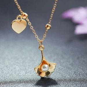Gold Seashell Pearl Heart Pendant Necklace